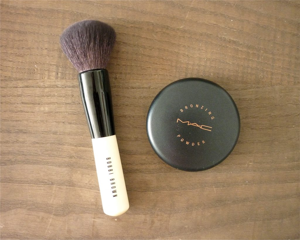 bronzer brush bobbi brown 1