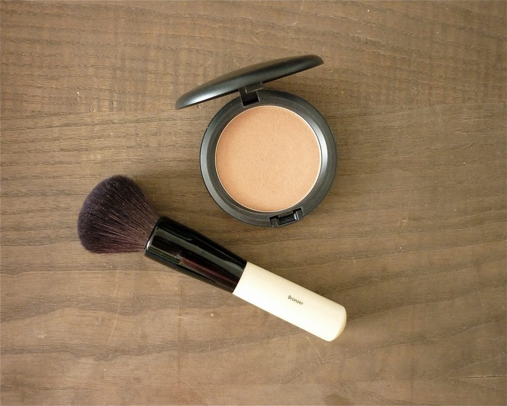 bronzer brush bobbi brown 2
